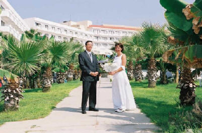 Robert and Annie get married in Limassol Cyprus